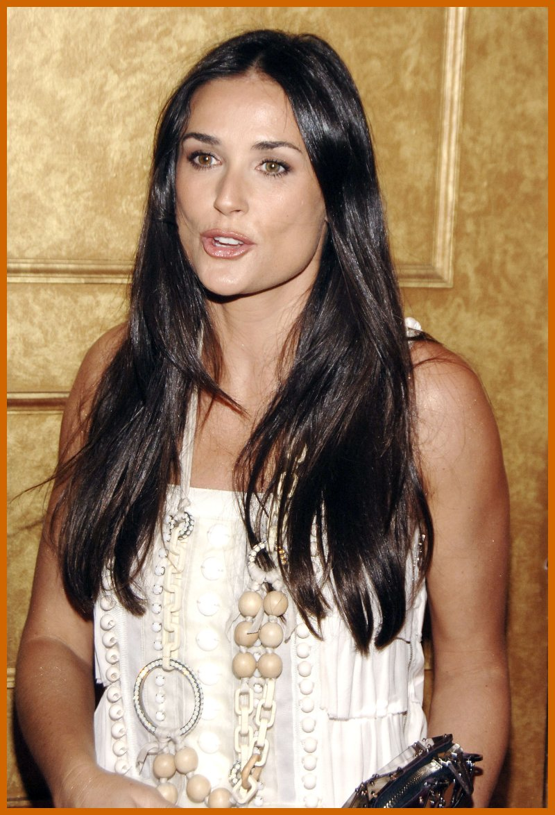 demi moore still looking great at age 46