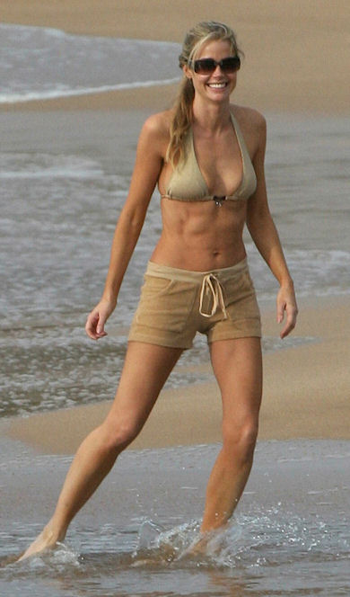 denise richards is a sexy bitch