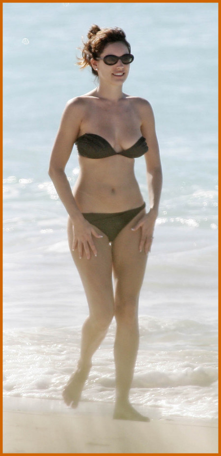 http://www.platinum-celebs.com/messageboard/images/tn_27Jan07-12391.jpg