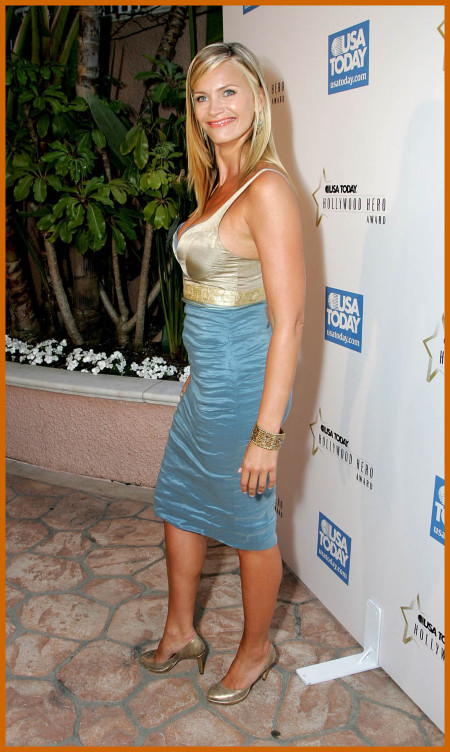 http://www.platinum-celebs.com/messageboard/images/tn_6May07-111286451.jpg