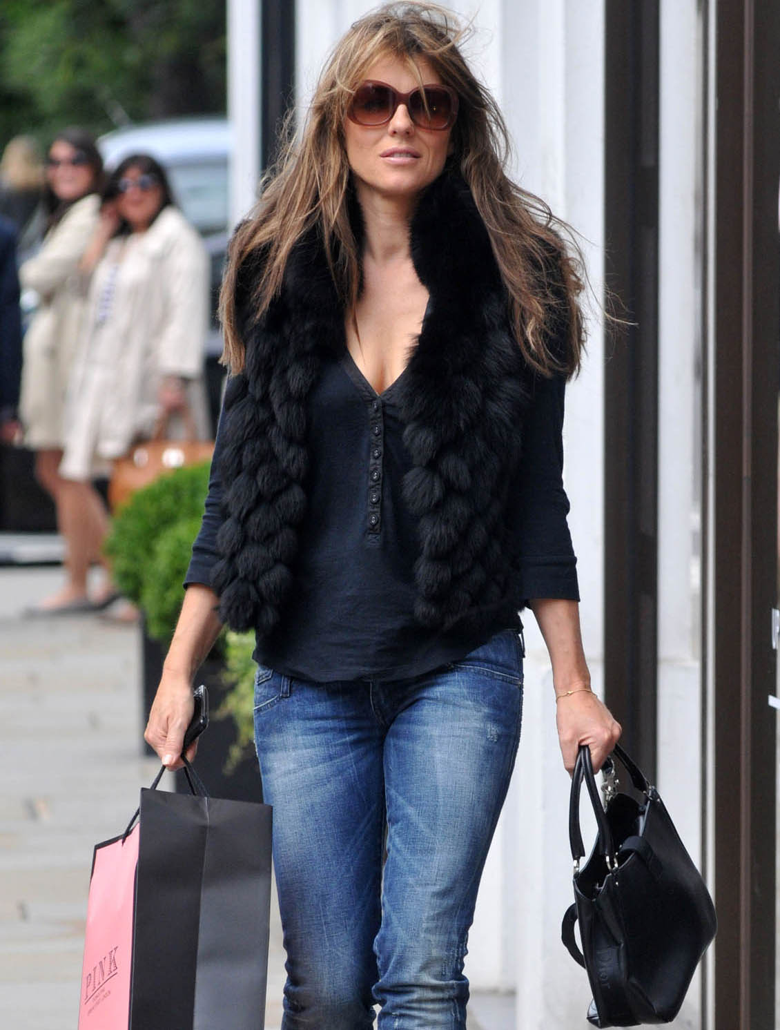 big 24June2011 fp 7504185 Elizabeth Hurley normally manages to keep herself perfectly put together, ...