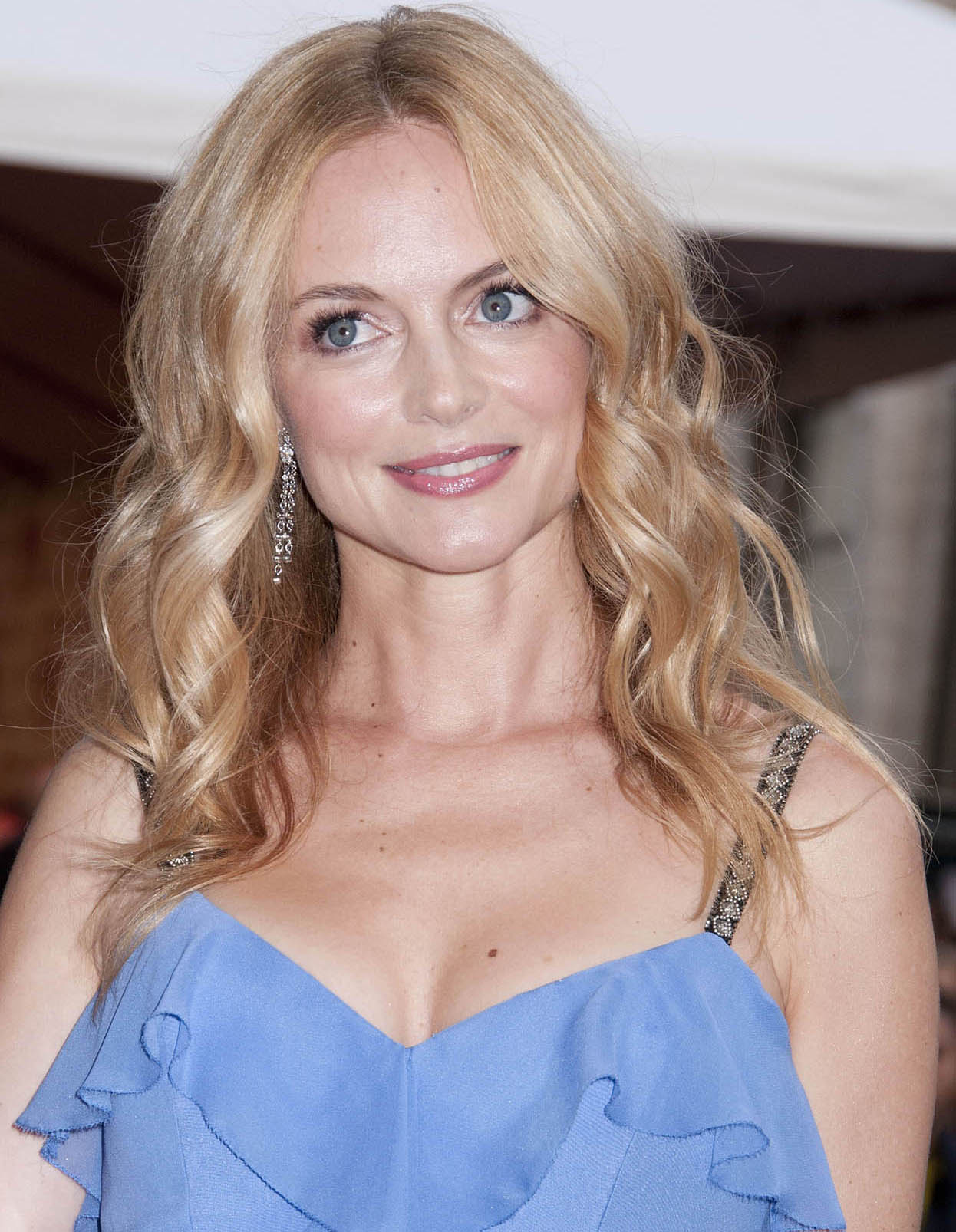 Heather Graham Has Still Got It. Added: 2012-06-05 21:11:32 (GMT+1)